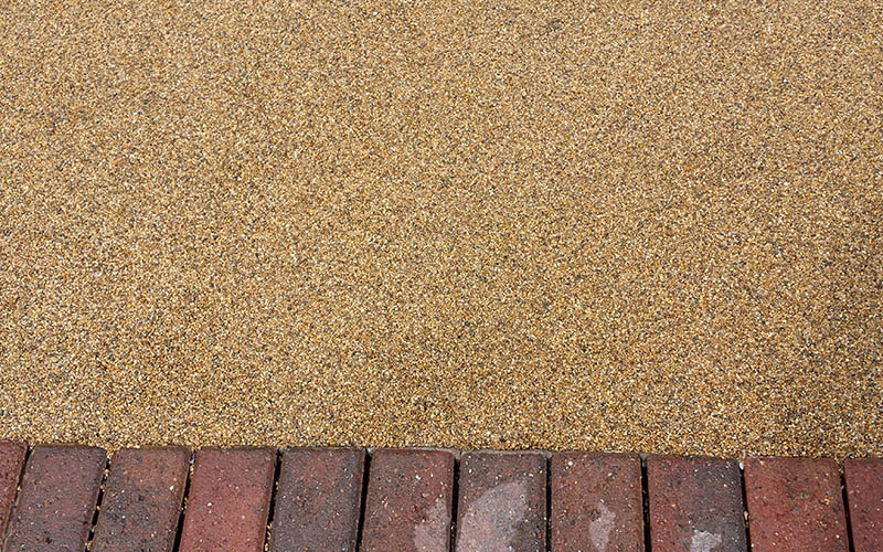 Driveway. Resin bound.